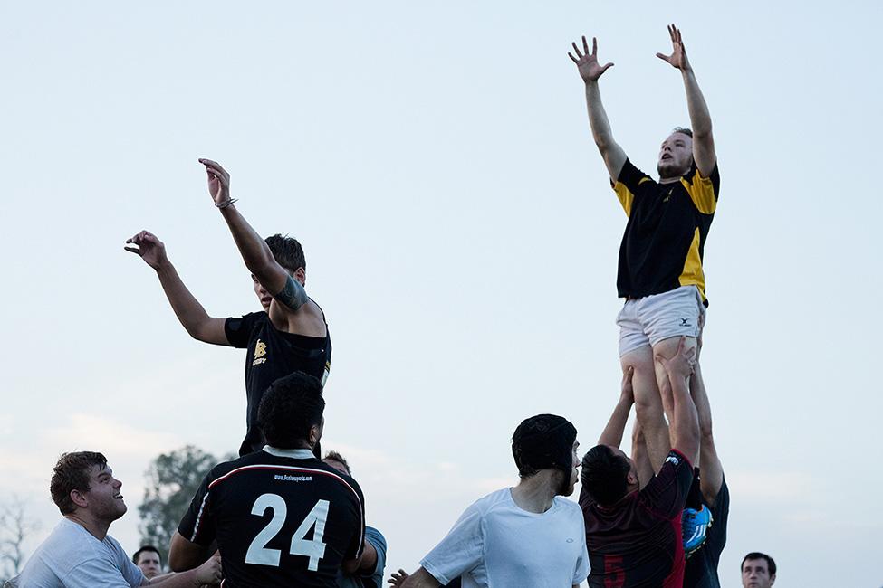 http://www.dannyzapalac.com/files/gimgs/103_rugbyduskthrow3035.jpg